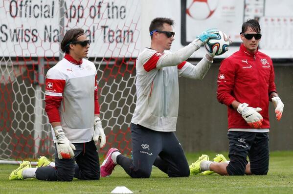 サッカー・スイス代表チームWC2014直前合宿トレーニング風景